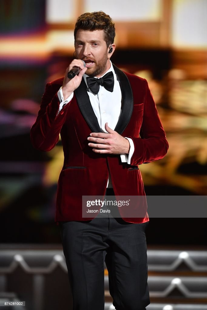Recording Artist Brett Eldredge performs on stage during 2017 CMA Country Christmas at The Grand Ole Opry on November 14, 2017 in Nashville, Tennessee.