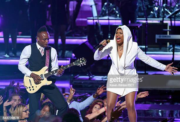 Recording artist Captain Kirk Douglas of music group The Roots and recording artist Jennifer Hudson perform onstage during the 2016 BET Awards at the...