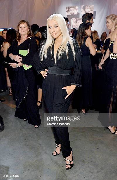Recording artist Christina Aguilera attends the Fifth Annual Baby2Baby Gala Presented By John Paul Mitchell Systems at 3LABS on November 12 2016 in...