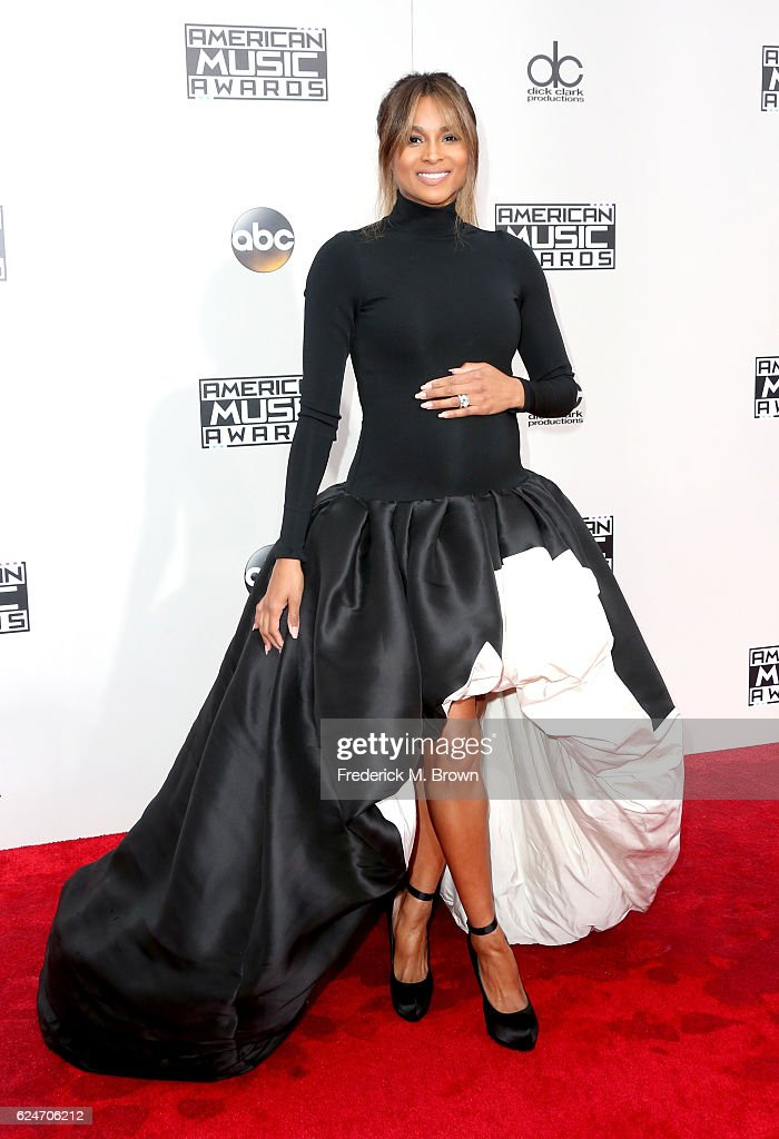 Recording artist Ciara attends the 2016 American Music Awards at Microsoft Theater on November 20, 2016 in Los Angeles, California.
