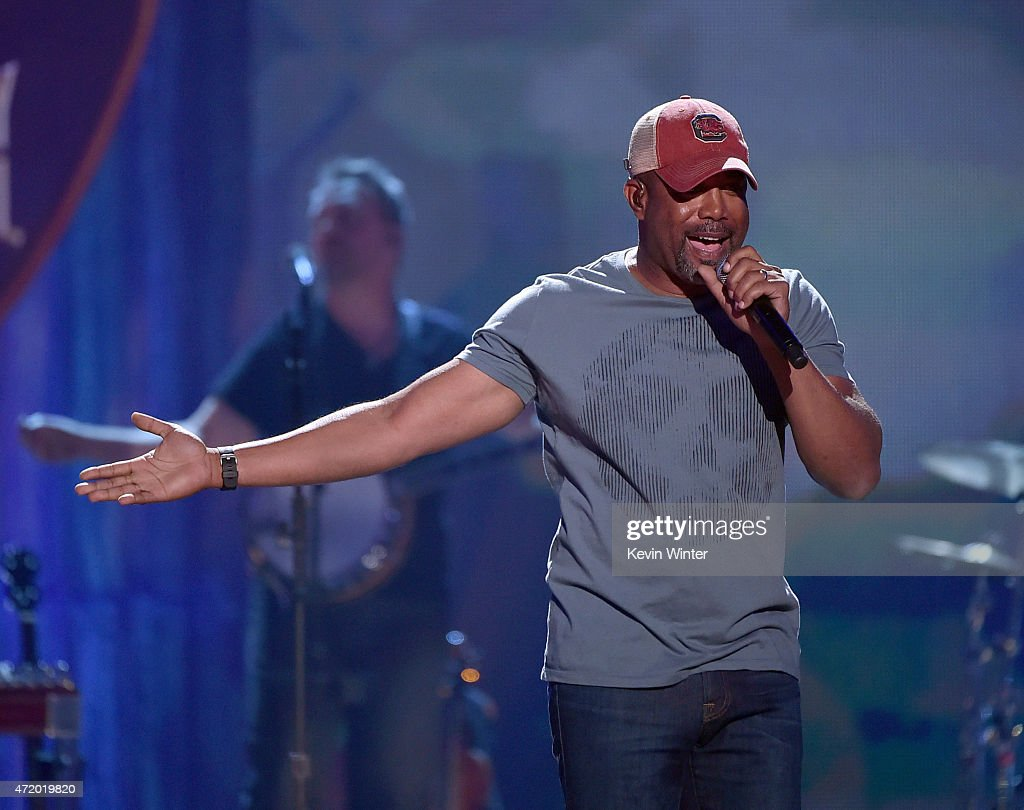 2015 iHeartRadio Country Festival - Show : News Photo