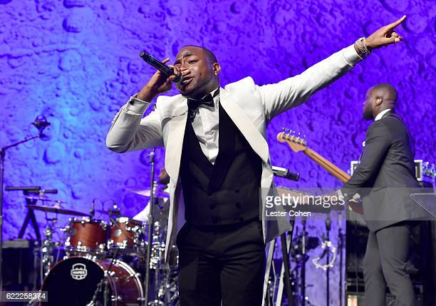 Recording artist Davido performs onstage at City Of Hope's 2016 Spirit Of Life Gala Honoring Greenberg Traurig's Joel A Katz at Santa Monica Beach on...