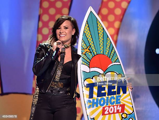 Recording artist Demi Lovato winner of 'Choice Summer Song' onstage during FOX's 2014 Teen Choice Awards at The Shrine Auditorium on August 10 2014...