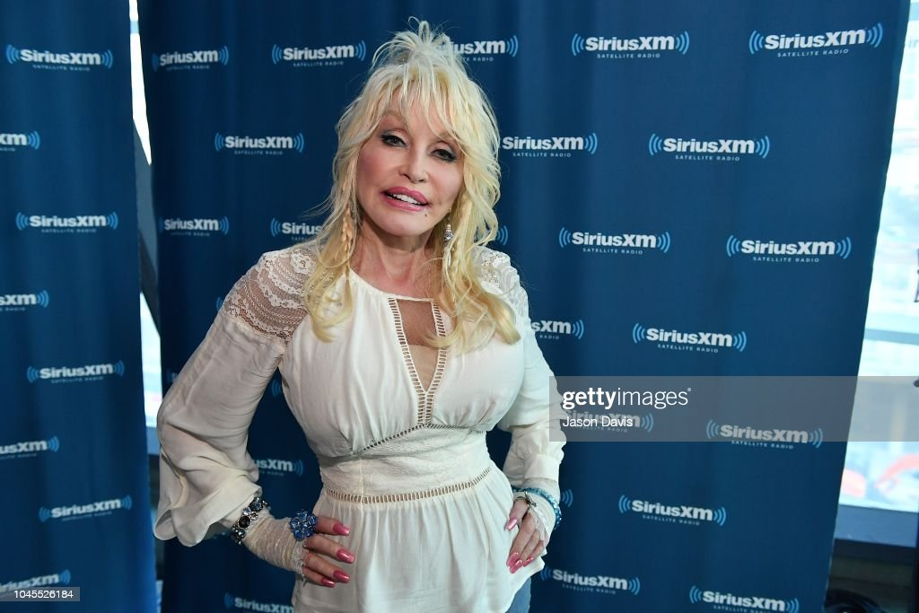 Dolly Parton Visits The SiriusXM Studios In Nashville : News Photo