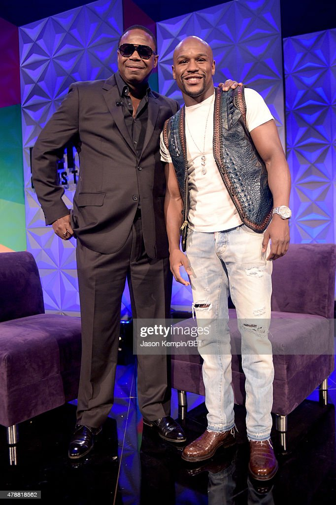 Recording artist Doug E. Fresh (L) and professional boxer Floyd Mayweather, Jr. attend the Genius Talks presented by AT&T during the 2015 BET Experience at the Los Angeles Convention Center on June 27, 2015 in Los Angeles, California.