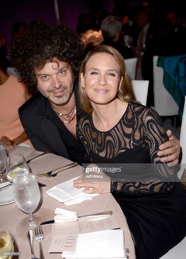 ELLE's 21st Annual Women In Hollywood Celebration - Roaming Inside : News Photo