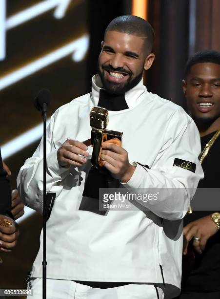 Recording artist Drake accepts the Top Artist award onstage during the 2017 Billboard Music Awards at TMobile Arena on May 21 2017 in Las Vegas Nevada