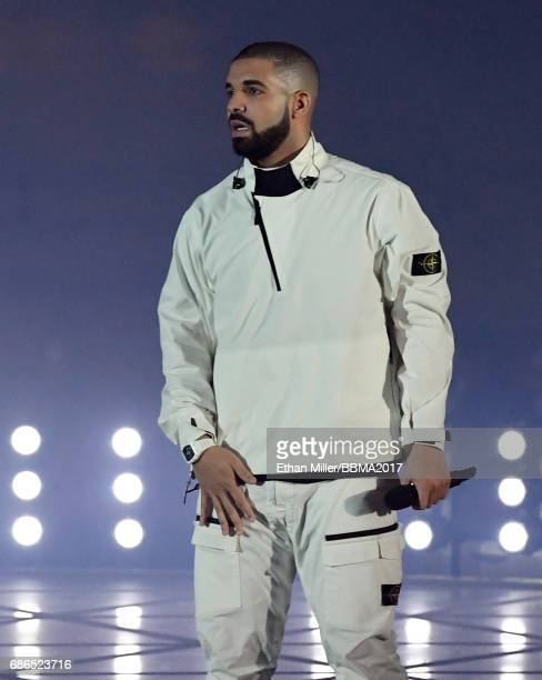 Recording artist Drake performs during the 2017 Billboard Music Awards at The Fountains of Bellagio on May 20, 2017 in Las Vegas, Nevada.