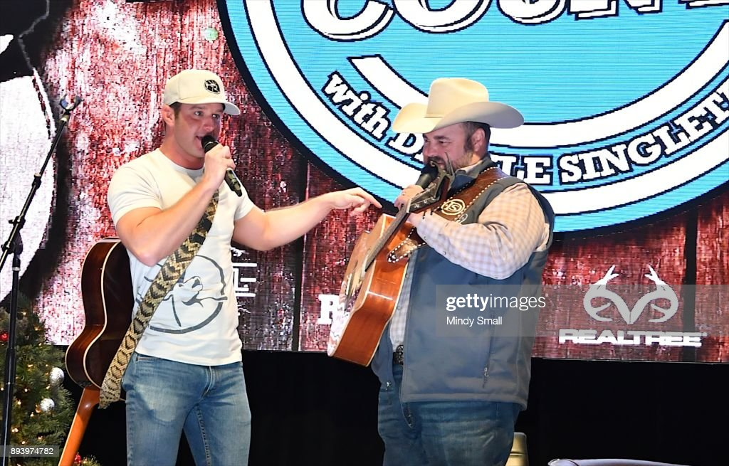 recording artist easton corbin l and daryle singletary perform during the keepin - Country Christmas Las Vegas