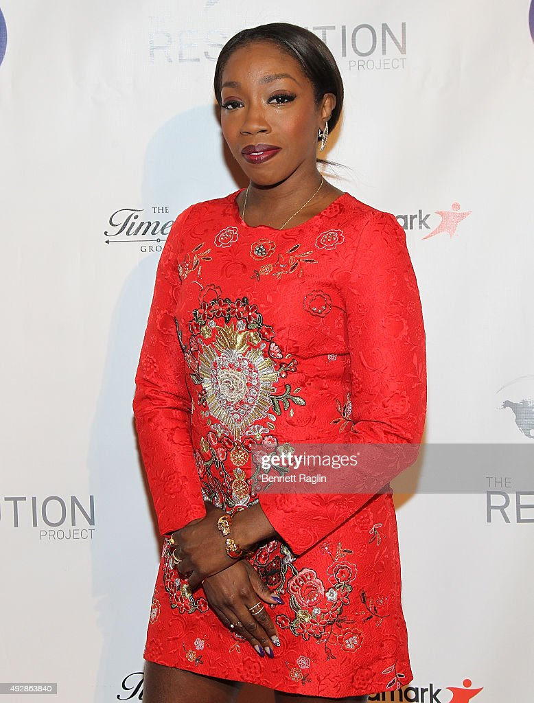 Recording artist Estelle attends The Resolution Project's Resolve 2015 Gala at The Harvard Club on October 15, 2015 in New York City.