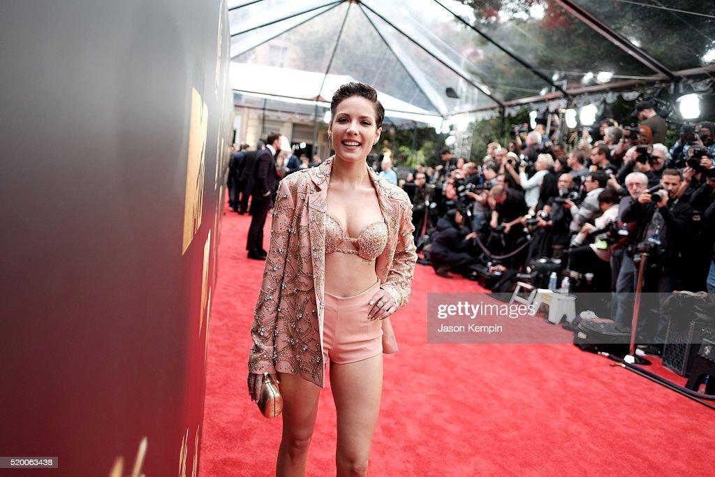 2016 MTV Movie Awards - Red Carpet