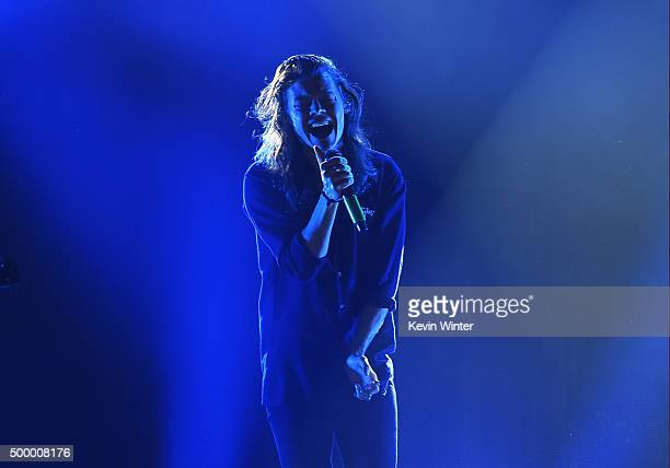 Recording artist Harry Styles of One Direction performs onstage during 1027 KIIS FM's Jingle Ball 2015 Presented by Capital One at STAPLES CENTER on...