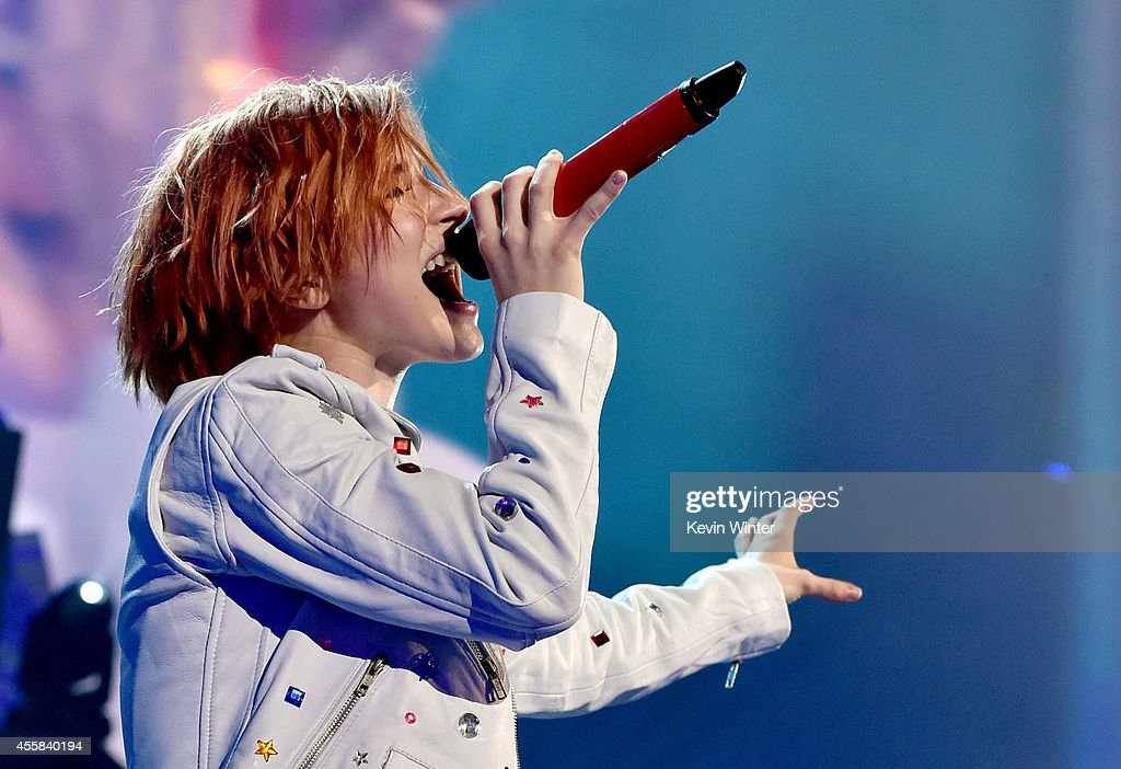 Recording artist Hayley Williams of the music group Paramore performs onstage during the 2014 iHeartRadio Music Festival at the MGM Grand Garden Arena on September 20, 2014 in Las Vegas, Nevada.
