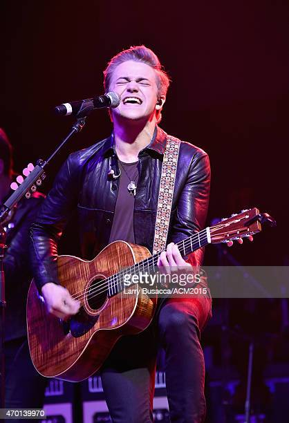 Recording artist Hunter Hayes performs onstage during the ACM Lifting Lives Gala at the Omni Hotel on April 17 2015 in Dallas Texas