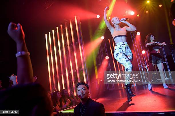 Recording artist Iggy Azalea performs onstage during a 2014 'MTV Video Music Awards' concert with Sam Smith And Iggy Azalea presented by Time Warner...