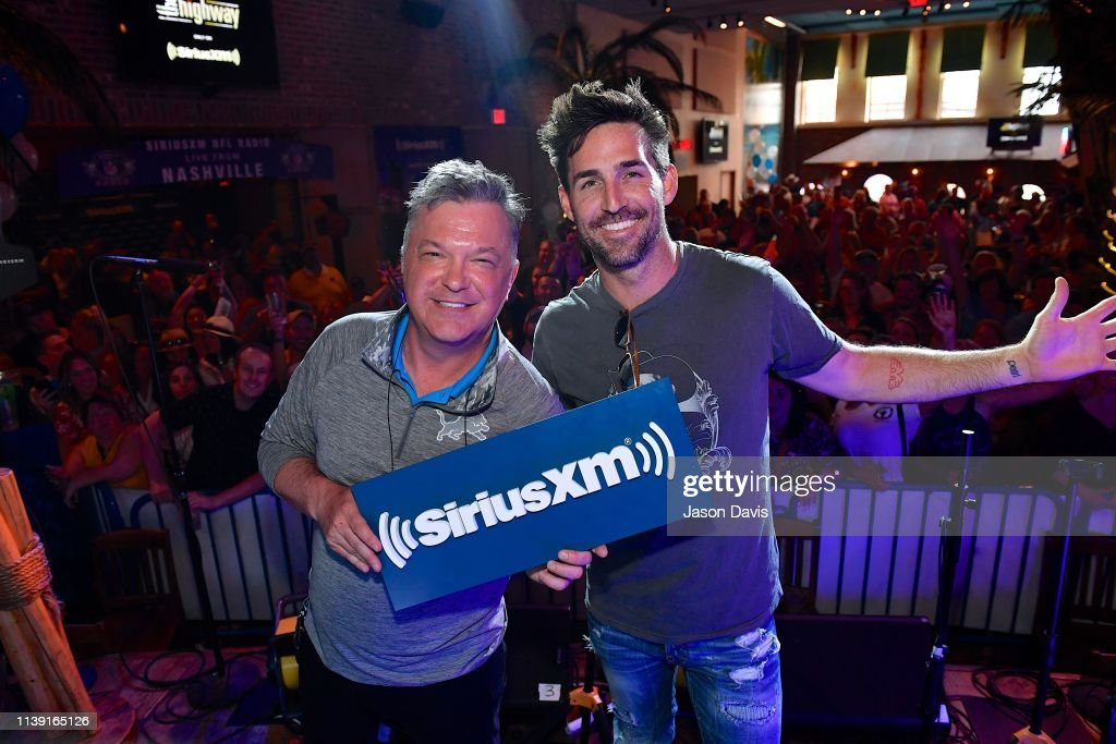 """TN: SiriusXM Hosts Draft Week Party At Margaritaville Featuring The Highway's """"Music Row Happy Hour"""" And SiriusXM NFL Radio's """"Movin' The Chains"""""""