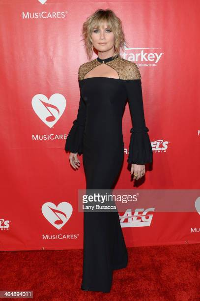 Recording artist Jennifer Nettles attends 2014 MusiCares Person Of The Year Honoring Carole King at Los Angeles Convention Center on January 24 2014...
