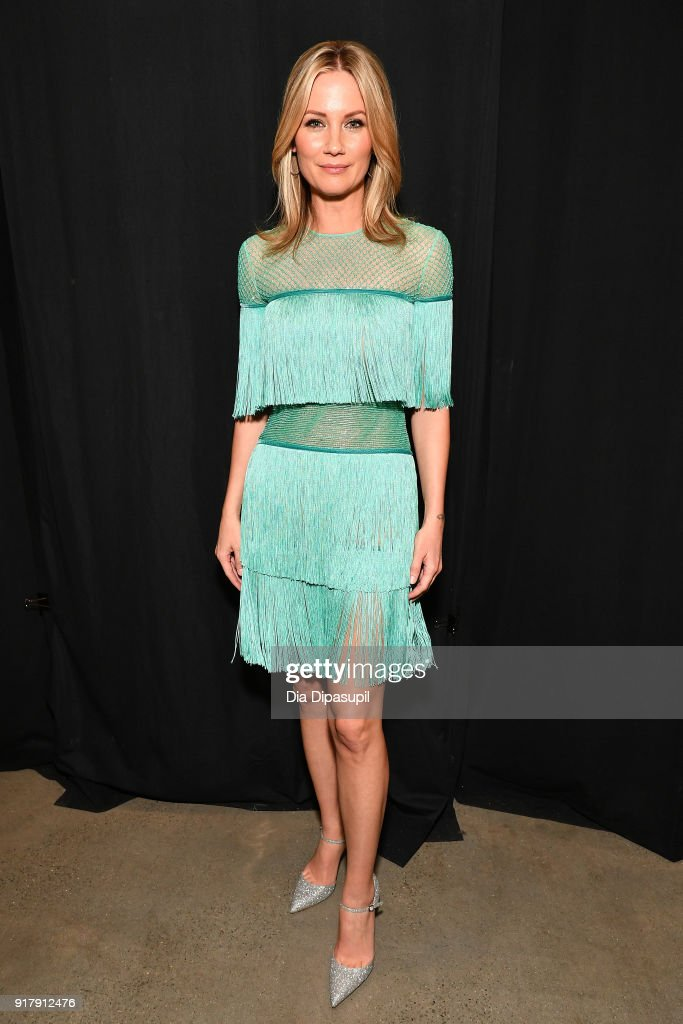 Recording artist Jennifer Nettles backstage for Naeem Khan during New York Fashion Week: The Shows at Gallery I at Spring Studios on February 13, 2018 in New York City.