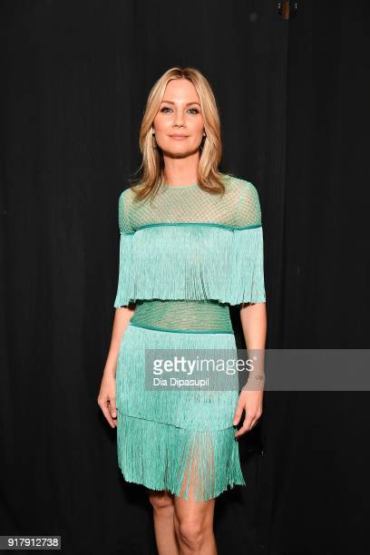 Recording artist Jennifer Nettles poses backstage for Naeem Khan during New York Fashion Week The Shows at Gallery I at Spring Studios on February 13...