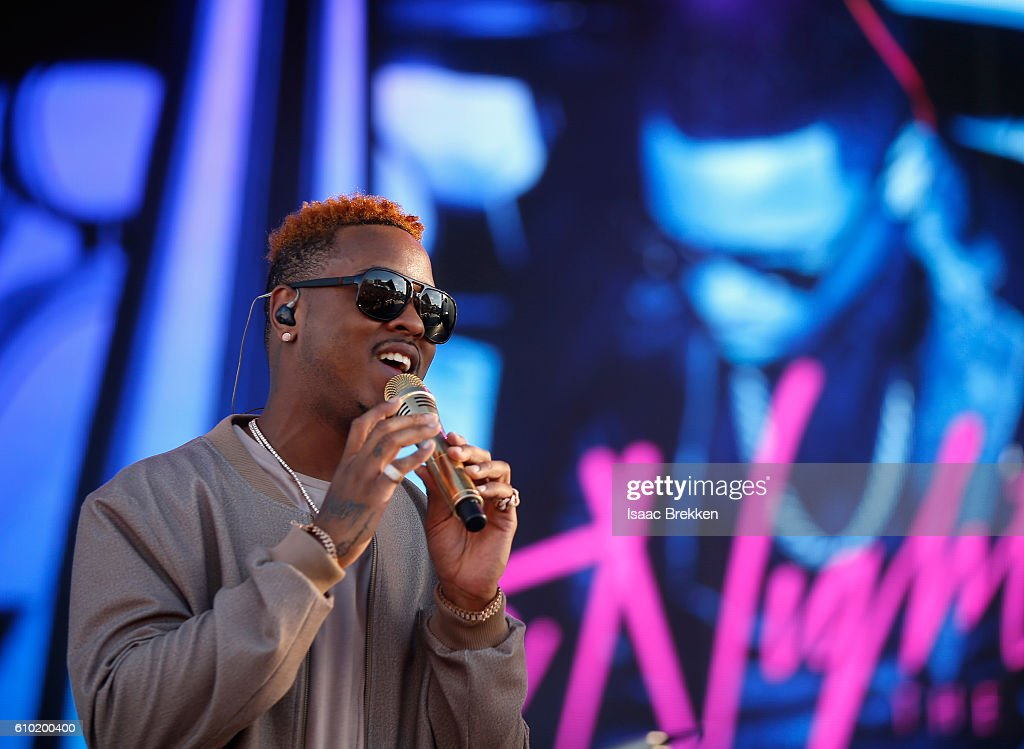 Recording artist Jeremih performs onstage during the 2016 Daytime Village at the iHeartRadio Music Festival at the Las Vegas Village on September 24, 2016 in Las Vegas, Nevada.
