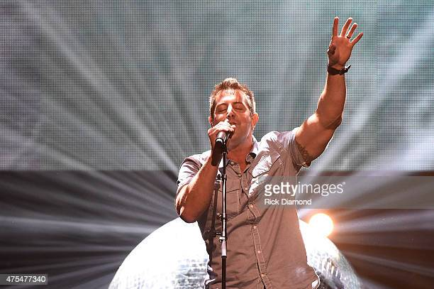 Recording artist Jeremy Camp performs onstage during the 3rd Annual KLOVE Fan Awards at the Grand Ole Opry House on May 31, 2015 in Nashville,...