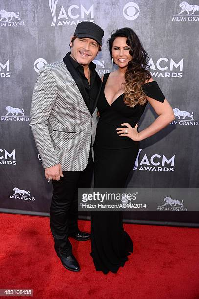 Recording artist Jerrod Niemann and Morgan Petek attends the 49th Annual Academy of Country Music Awards at the MGM Grand Garden Arena on April 6...
