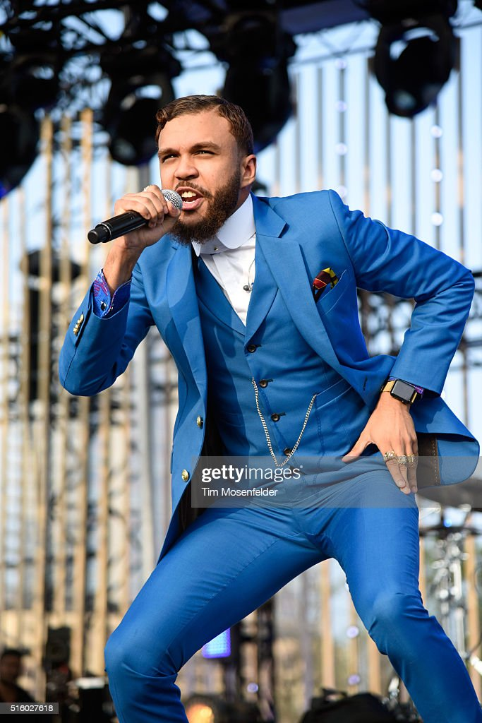 Recording artist Jidenna performs onstage during the 2016 MTV Woodies/10 For 16 on March 16, 2016 in Austin, Texas.