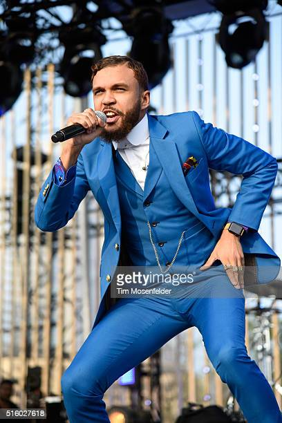 Recording artist Jidenna performs onstage during the 2016 MTV Woodies/10 For 16 on March 16 2016 in Austin Texas