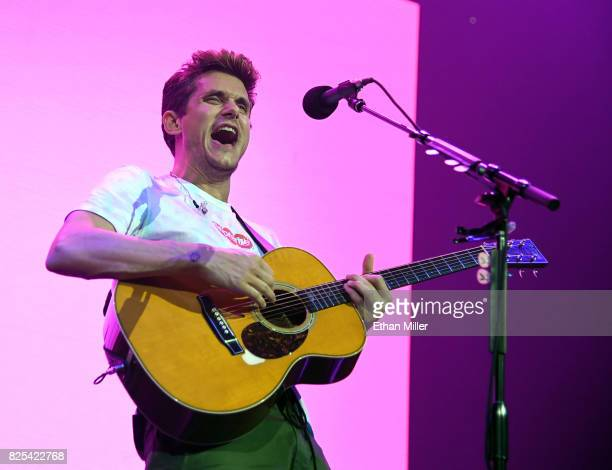 Recording artist John Mayer performs during a stop of The Search for Everything World Tour at Talking Stick Resort Arena on August 1 2017 in Phoenix...