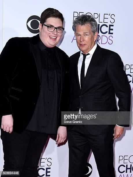 Recording artist Jordan Smith and songwriter David Foster attend the People's Choice Awards 2016 at Microsoft Theater on January 6 2016 in Los...