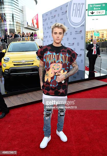 Recording artist Justin Bieber attends the 2015 American Music Awards red carpet arrivals sponsored by FIAT 500X at LA Live on November 22 2015 in...