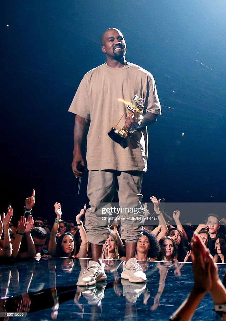 2015 MTV Video Music Awards - Roaming Show : News Photo