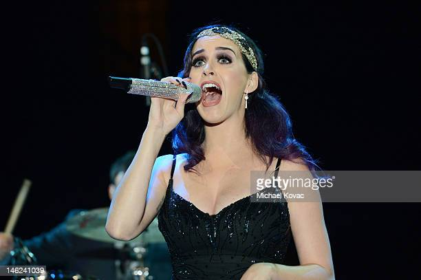 Recording artist Katy Perry performs onstage at City Of Hope Honors Clear Channel CEO Bob Pittman With Spirit Of Life Award Inside at The Geffen...