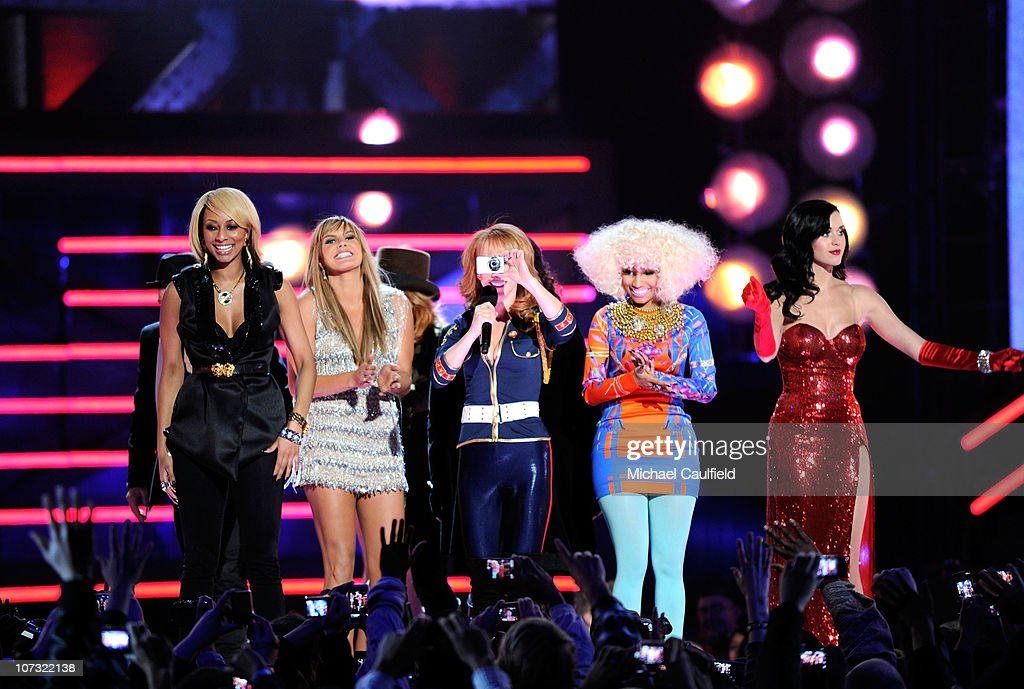 Recording artist Keri Hilson, singer Grace Potter, comedian Kathy Griffin, singer Nicki Minaj, and singer Katy Perry perform onstage during 'VH1 Divas Salute the Troops' presented by the USO at the MCAS Miramar on December 3, 2010 in Miramar, California. 'VH1 Divas Salute the Troops' concert event will be televised on Sunday, December 5 at 9:00 PM ET/PT on VH1.
