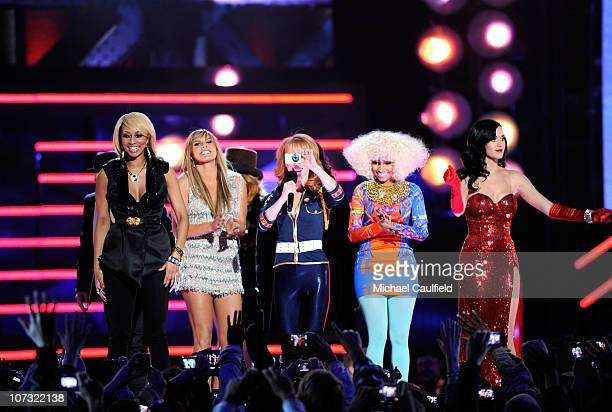 "Recording artist Keri Hilson, singer Grace Potter, comedian Kathy Griffin, singer Nicki Minaj, and singer Katy Perry perform onstage during ""VH1..."