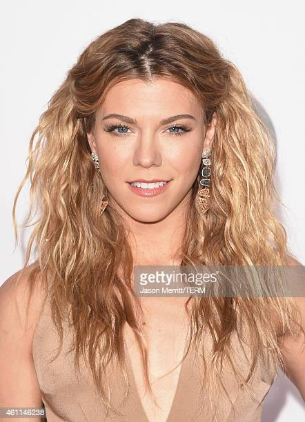 Recording artist Kimberly Perry of music group The Band Perry attends The 41st Annual People's Choice Awards at Nokia Theatre LA Live on January 7...