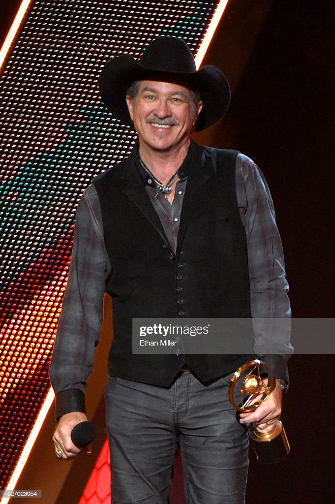 Recording artist Kix Brooks of Brooks & Dunn accepts the Nash Icon award onstage during the 2016 American Country Countdown Awards at The Forum on May 1, 2016 in Inglewood, California.