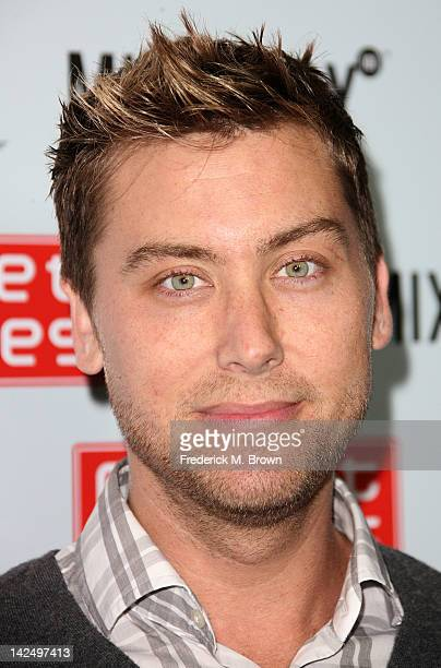 Recording artist Lance Bass attends the Grand Opening of Robert Earl's Planet Dailies Mixology 101 at The Farmer's Market on April 5 2012 in Los...
