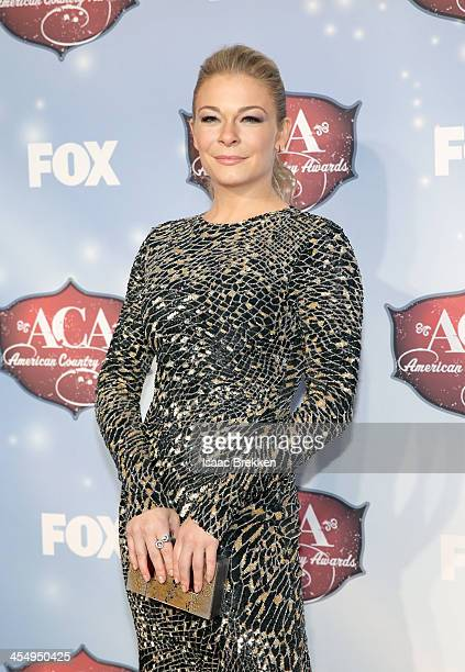 Recording artist LeAnn Rimes arrives at the American Country Awards 2013 at the Mandalay Bay Events Center on December 10, 2013 in Las Vegas, Nevada.