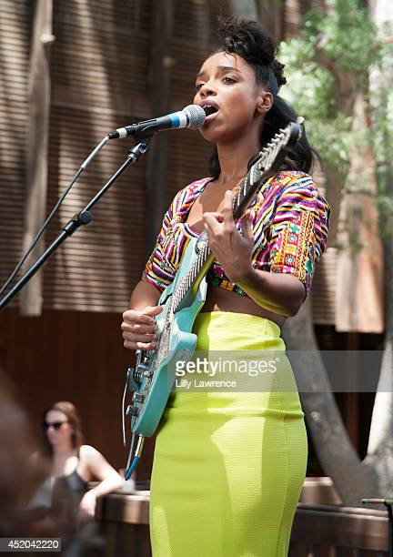 Recording artist Lianne La Havas performs onstage at Warner Bros Records Summer Sessions at Warner Bros Records Boutique store on July 11 2014 in...