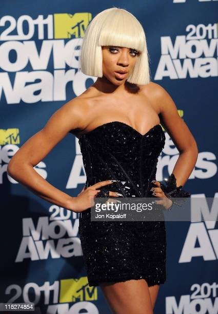 Recording Artist Lil Mama poses in the press room at the 2011 MTV Movie Awards at Gibson Amphitheatre on June 5, 2011 in Universal City, California.