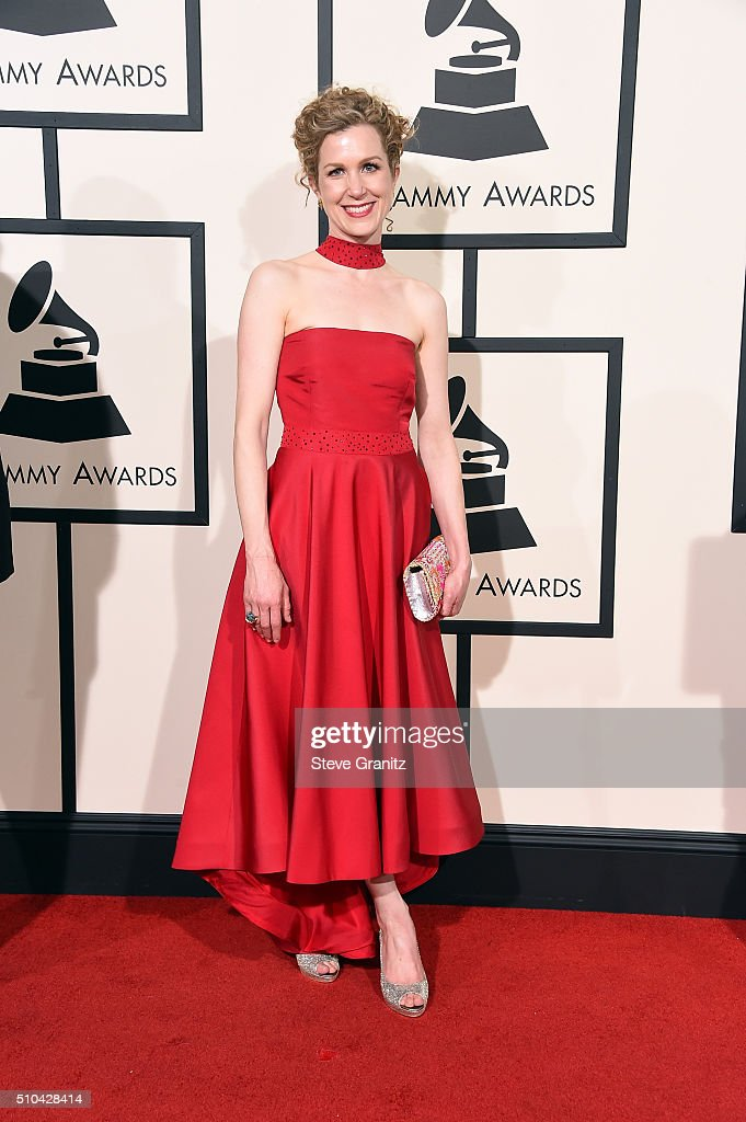 Recording artist Lori Henriques attends The 58th GRAMMY Awards at Staples Center on February 15, 2016 in Los Angeles, California.