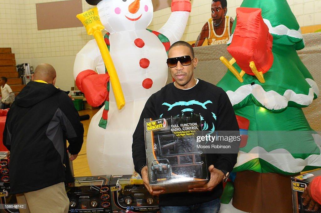 Ludacris Christmas.Recording Artist Ludacris Attends Ludacrismas 2012 Christmas