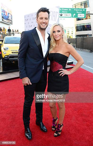 Recording artist Luke Bryan and Caroline Boyer attend the 2015 American Music Awards red carpet arrivals sponsored by FIAT 500X at LA Live on...