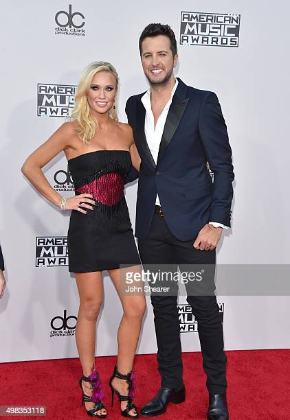 Recording artist Luke Bryan and Caroline Boyer attend the 2015 American Music Awards at Microsoft Theater on November 22 2015 in Los Angeles...
