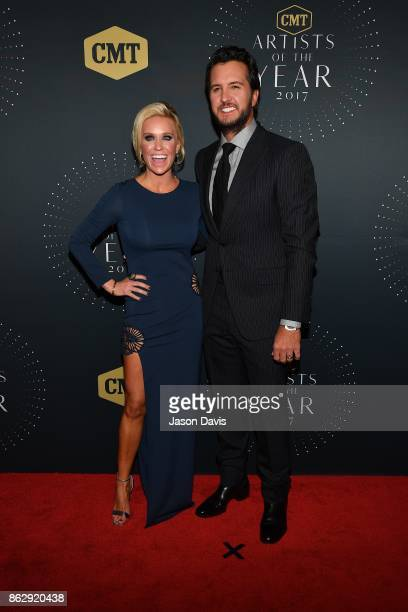 Recording Artist Luke Bryan and Wife Caroline arrive at the 2017 CMT Artists Of The Year Awards Show at Schermerhorn Symphony Center on October 18...
