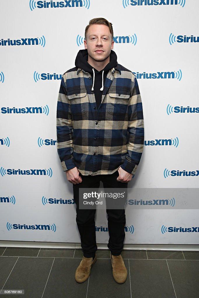 Recording artist Macklemore visits the SiriusXM Studios on January 25, 2016 in New York City.