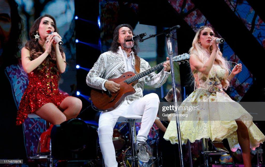 Marco Antonio Solis In Concert - Las Vegas, NV : Fotografía de noticias