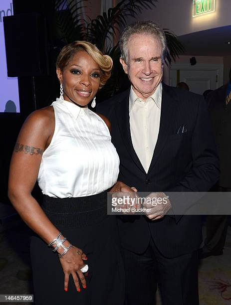 Recording artist Mary J Blige and actor Warren Beatty attend the 100th anniversary celebration of the Beverly Hills Hotel Bungalows supporting the...
