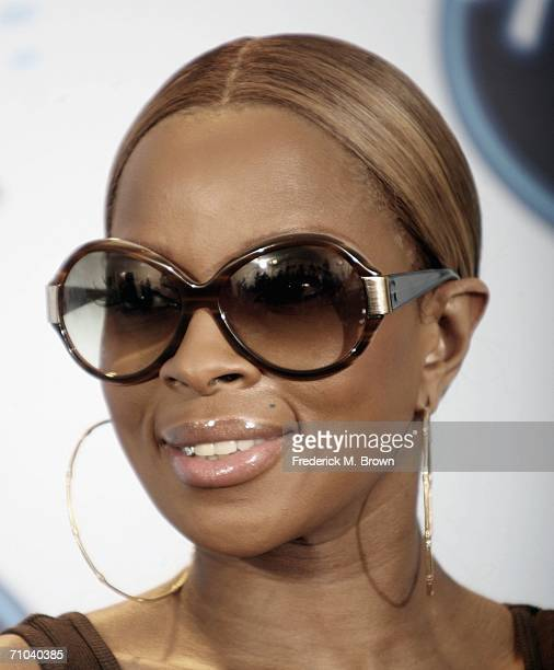 Recording artist Mary J Blige attends the American Idol Season 5 Finale at the Hollywood Renaissance Hotel on May 24 2006 in Hollywood California